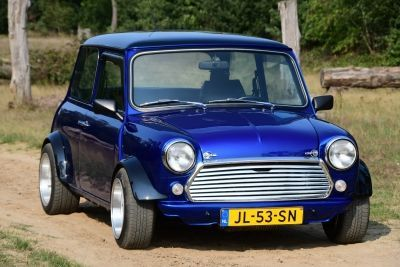 Mini HLE Restomod