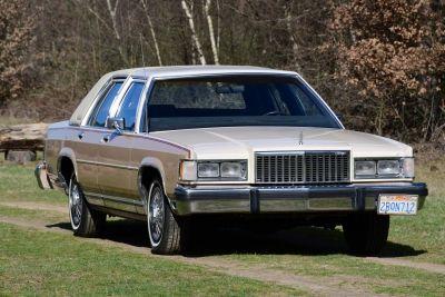 Mercury Grand Marquis 5.0 V8 automatic